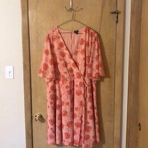 Torrid Dress size 22 fun summer dress